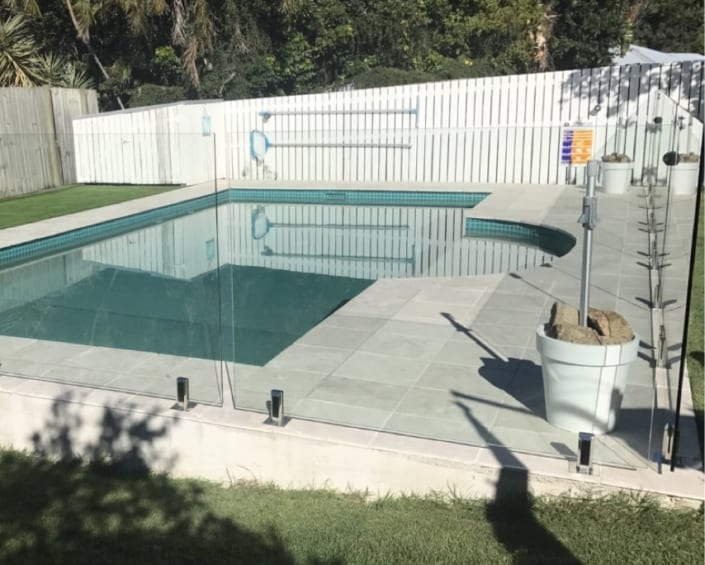 Concrete Pool Tilers - Waterline Tilers