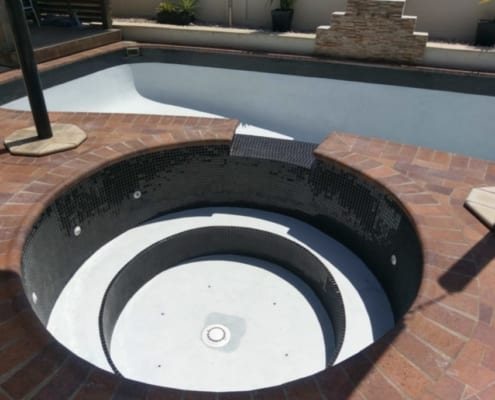 Concrete Swimming Pool Advise - Professional Concrete Pool Tradesmen